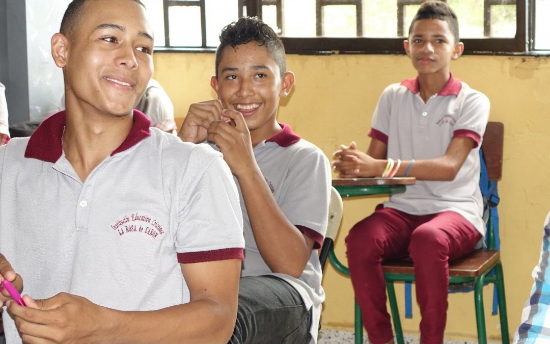 Colombia – Rose of Sharon School – Interactive Library